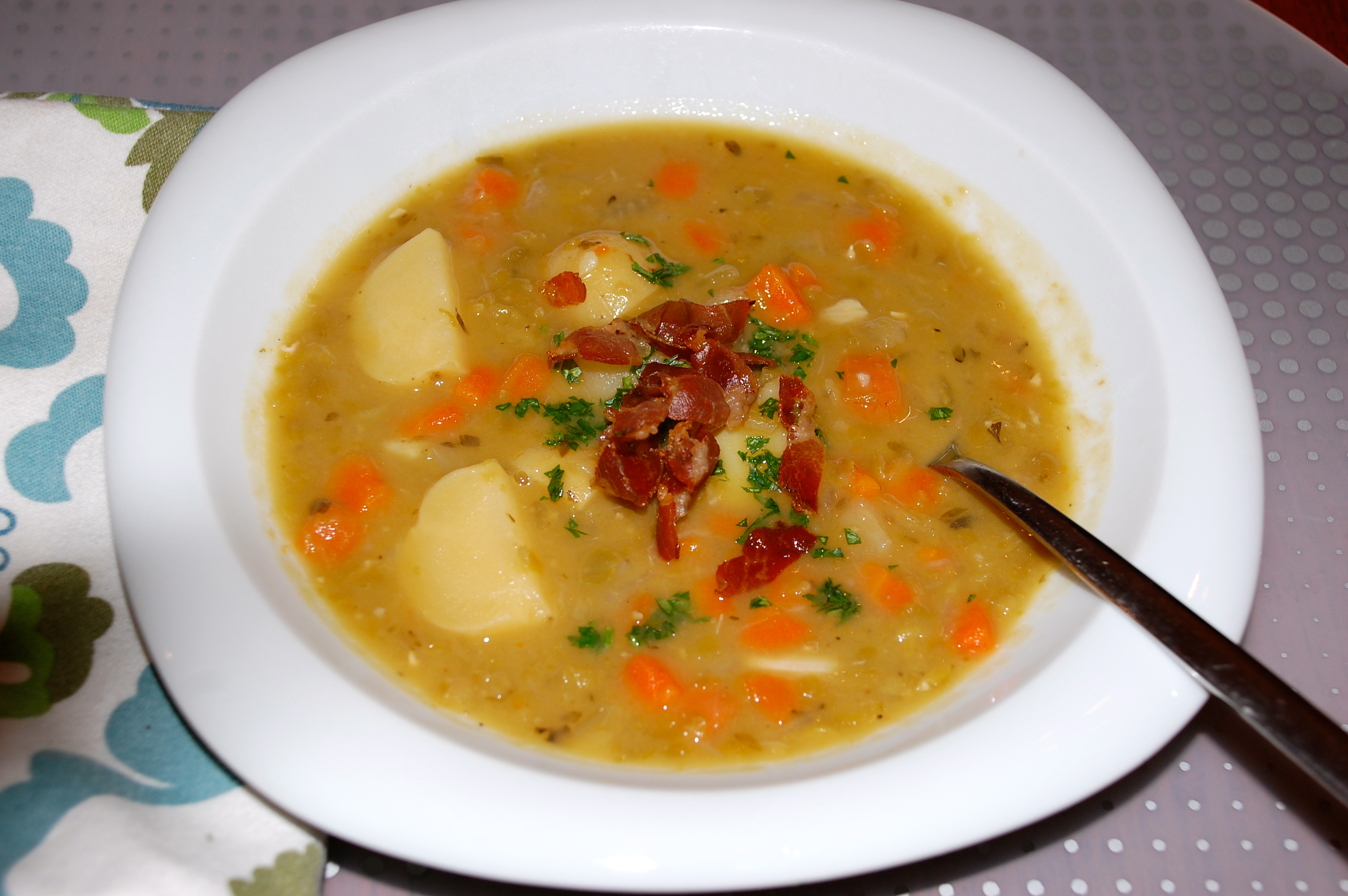 Split Pea Soup with Potatoes « A Happier Meal